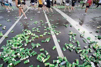 carreras-populares-puesto-avituallamiento-marathon