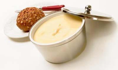 cuantas-raciones-de-mantequilla-margarina-o-nata-consumes-al-dia