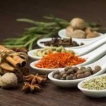 Hierbas aromáticas en tu plato: sabor y salud a partes iguales