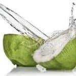 Conoce las increíbles propiedades del agua de coco