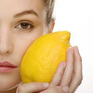 jugo-de-limon-tibio-en-ayunas-propiedades
