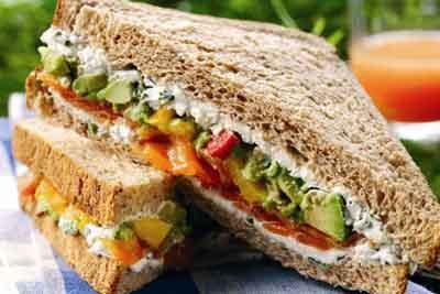 receta-de-sandwich-de-salmon-y-huevoreceta-de-sandwich-de-salmon-y-huevo